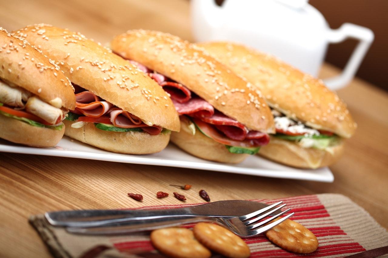 5 produktów, których lepiej unikać w diecie