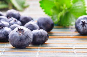 Owoce w diecie dr Dąbrowskiej - które dozwolone, które zabronione?