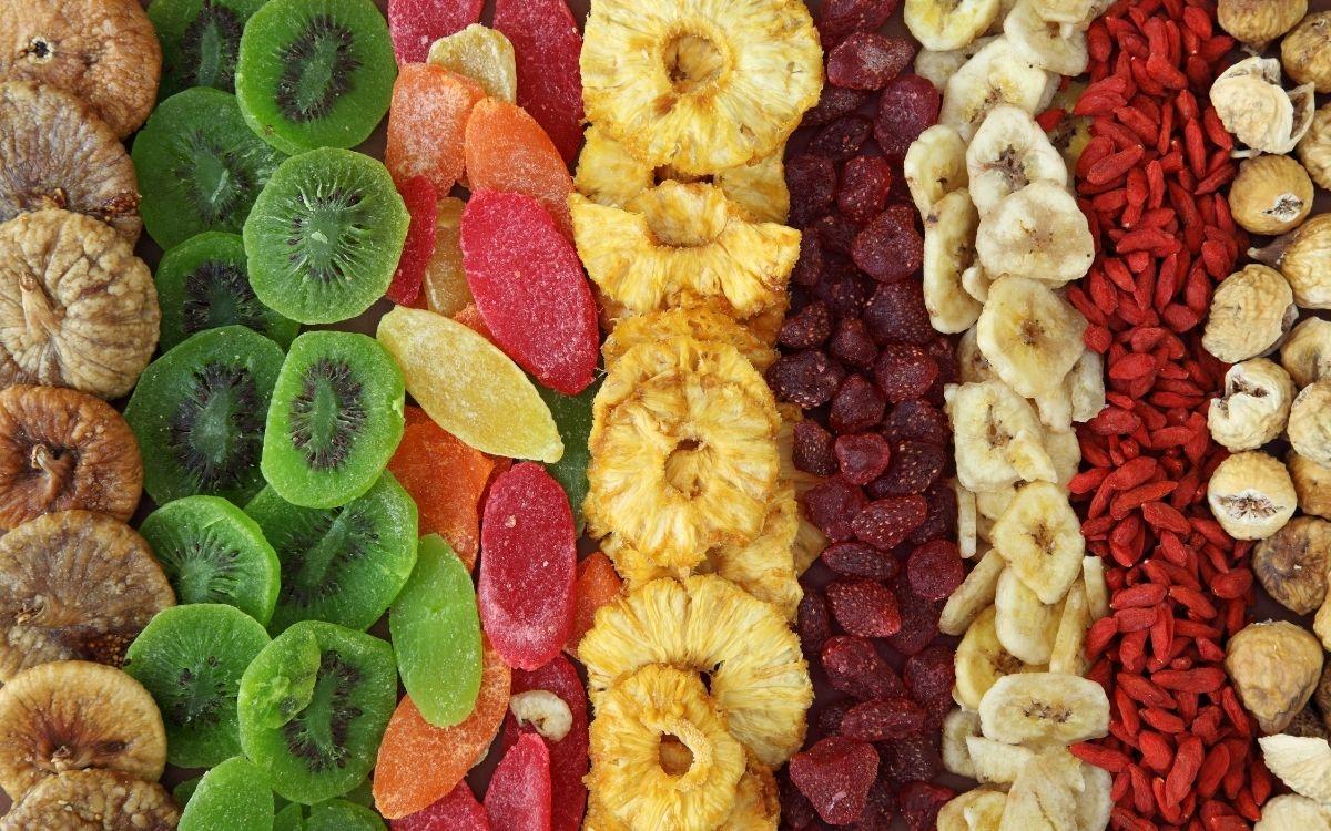 Jak przestać podjadać? Poznaj pięć skutecznych metod